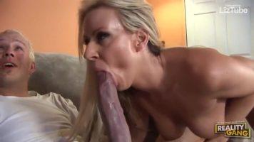 Extrema Caras Brancas Enormes Take a Hooker Vídeos Porno Grátis