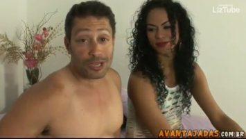 Trans morena pagando boquete delicioso by LizTube